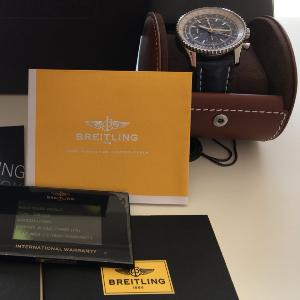 Uhrenbörse Breitling Navitimer World