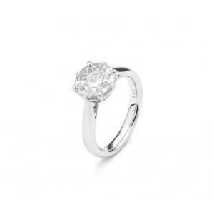 Solitär Diamantring mit neun Diamanten