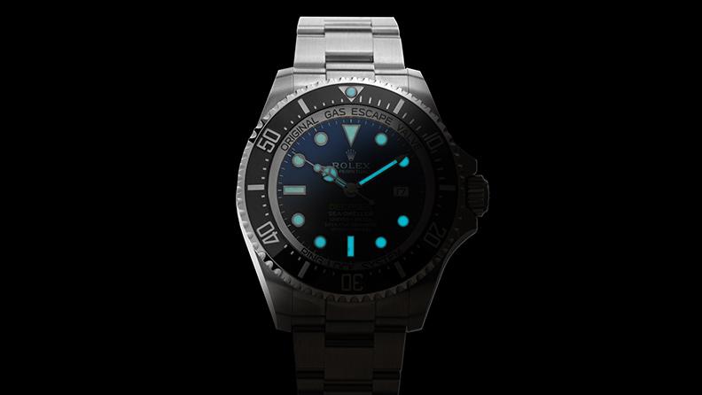 Rolex mit Leuchtziffern dank Super-LumiNova