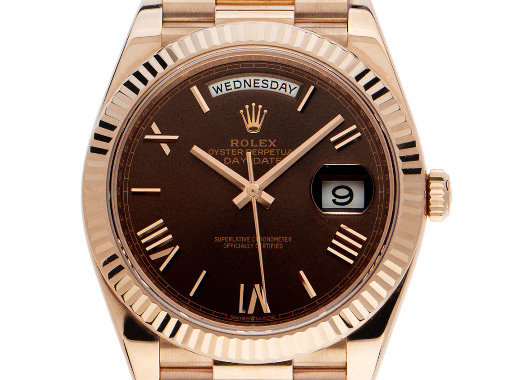 Rolex Day-Date 18kt Roségold Everose Schoko Automatik Armband Präsident 40mm Ref.228235 Bj.2021 Box&Pap. Full Set Ungetragen