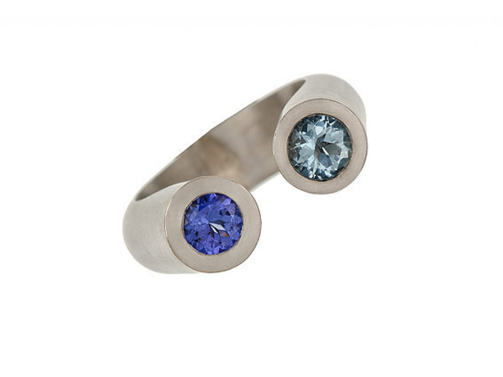 "Ring ""DUO"" 18kt Weissgold mit Tansanit und Aquamarin ""Design Katja Luppold"""