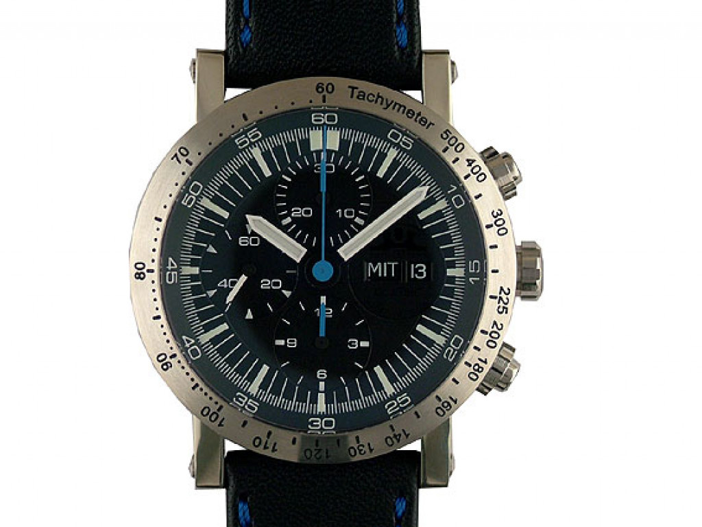 Temption Classic Chronograph Day Date Black Blue 43mm Neu